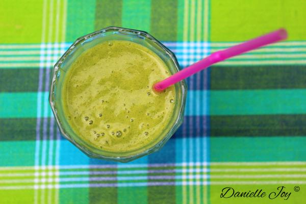 Banaan-Peer-Sinaasappel-Ananas Groene Smoothie 1