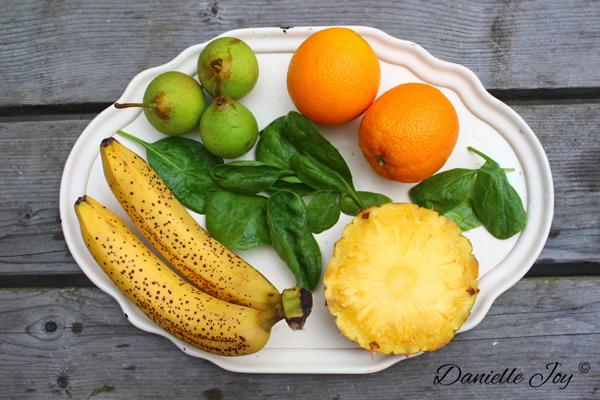Banaan-Peer-Sinaasappel-Ananas Groene Smoothie 2