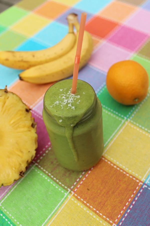 Banaan-Sinaasappel-Ananas Groene Smoothie